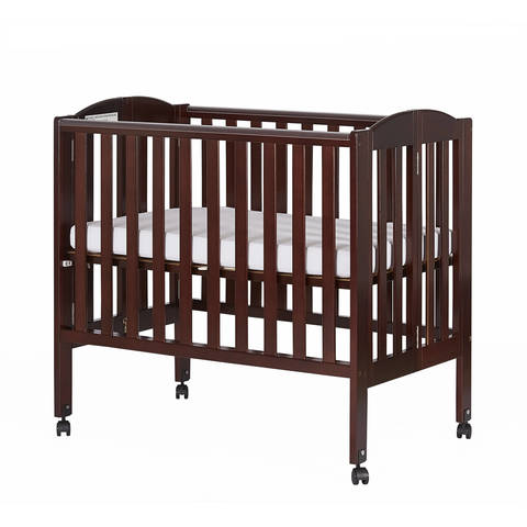 Weighing Only 32 Pounds, This Lightweight White Dream On Me 2 In 1 Portable  Crib Is Easy To Maneuver And Handle.