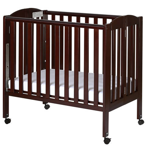 Dream On Me, 3 In 1 Folding Portable Crib 683, Is The Only 3 Level Portable  Crib Available. The U.S. Patented Rail Design Easily Converts Crib To A  Changing ...